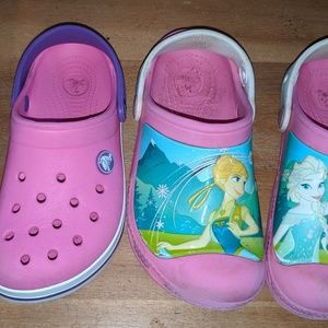 2 pairs of girls Crocs shoes water 12 13 Frozen